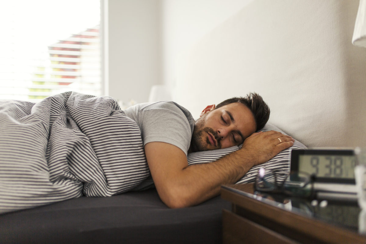 can acid reflux keep you from sleeping